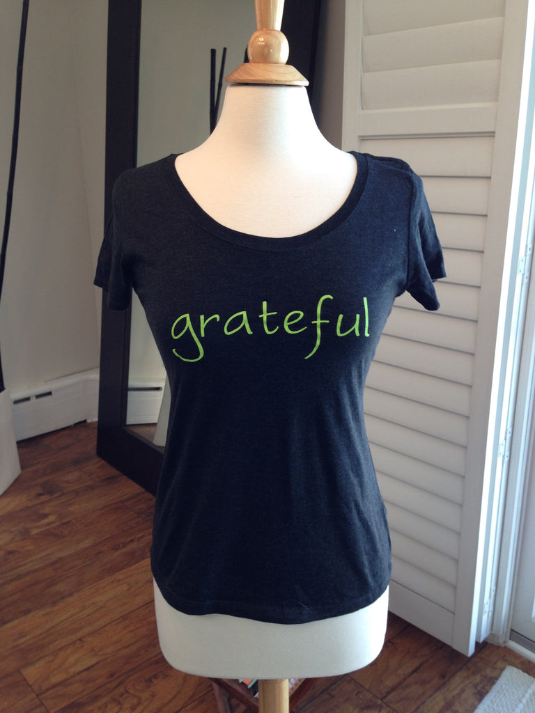 Grateful Scoop Neck Tee Shirt