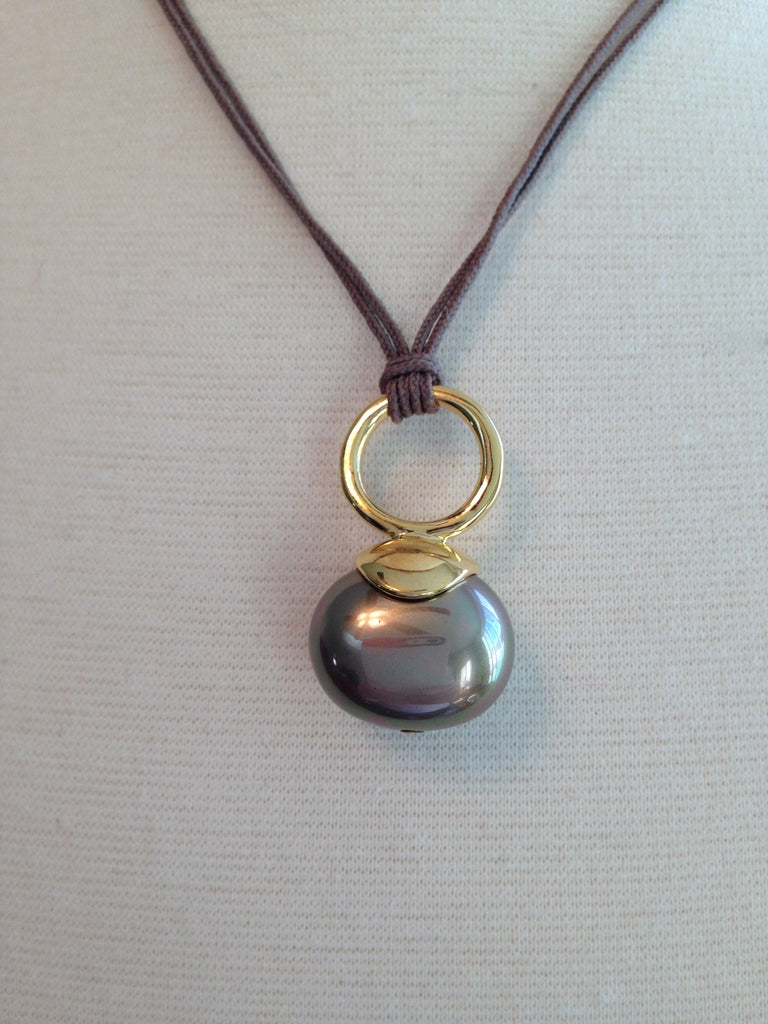 Large Pebble Pearl Cord Pendant