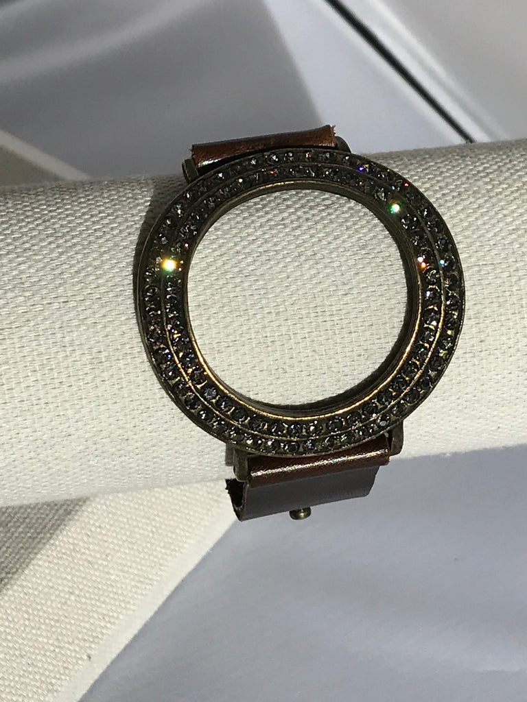 Wide vintage brown leather bracelet with open circle crystal center