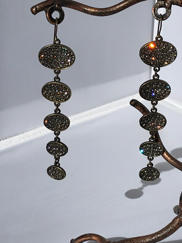 5 Oval Drop Earring