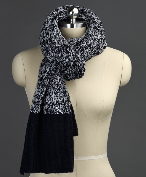 Ribbed black and white kashwere scarf