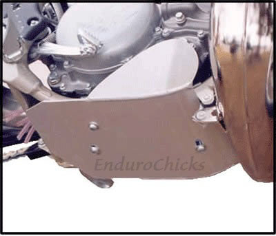 EnduroChicks - Shop for Ricochet Skid Plate Part #224 - Mounting Pic 1 - KTM SX 250 (1992-2002) & EXC/MX/MXC 250/300/360/380 (1990-2002), Part #224