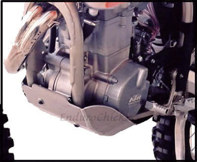 EnduroChicks - Shop for Ricochet Skid Plate, Part #247 - Mounting Pic 2 - Various KTM models (2004-2007)