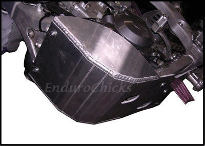EnduroChicks - Shop for Ricochet Skid Plate Part #261 - Mounting pic 1 - Yamaha YZ250F (2006)
