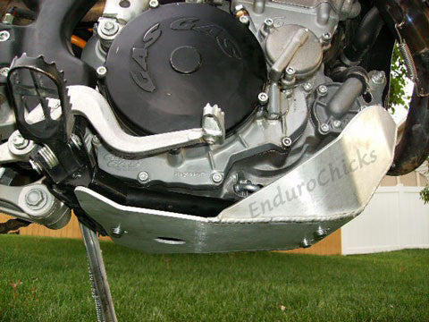EnduroChicks - Shop for Ricochet Skid Plate Part #281 - Mounting pic 2 - Gas Gas EC450/515 4-Stroke (All Years)