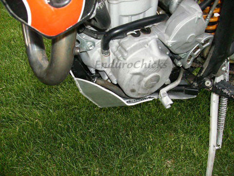 EnduroChicks - Shop for Ricochet Skid Plate Part #281 - Mounting pic 3 - Gas Gas EC450/515 4-Stroke (All Years)