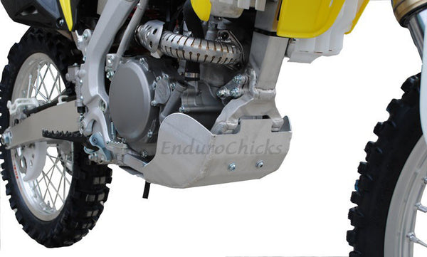 EnduroChicks - Shop for Ricochet Skid Plate Part #287 - Mounting pic1 - Suzuki RMZ250 (2010-2015)