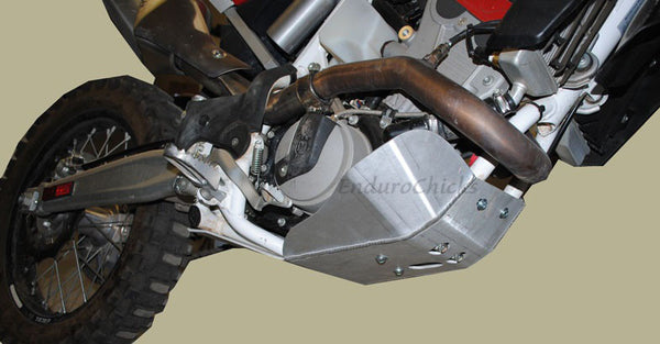 EnduroChicks - Shop for Ricochet Skid Plate, Part #491 - Mounting Pic 2 - Husqvarna TC/TE 449/511 (2011-2013)