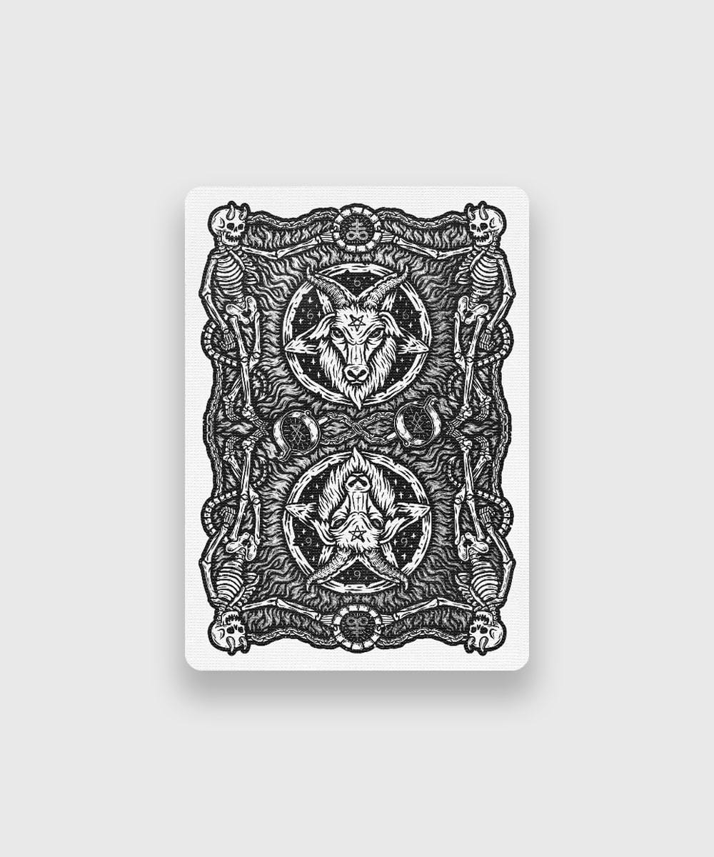 666-Dark-Reserves-Silver-Foil-Playing-Cards-Galerie