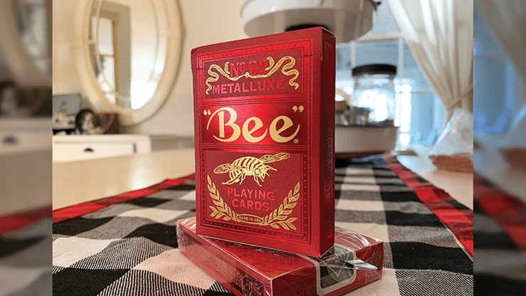 Bee-Red-MetalLuxe-Playing-Cards-Alt1