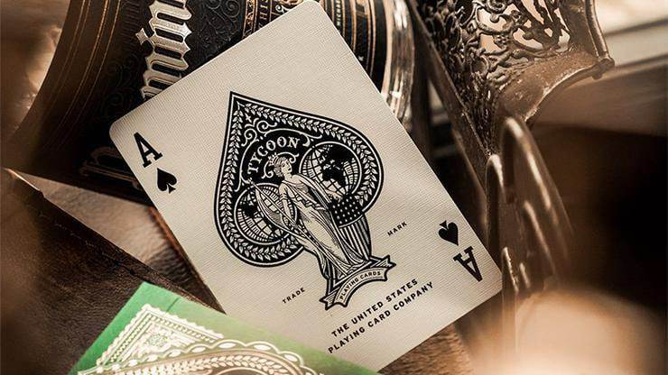 Limited Edition Green Tycoon Playing Cards Alt6
