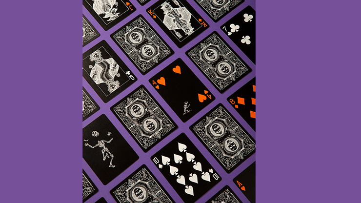 October-Playing-Cards-by-Art-of-Play-Alt4