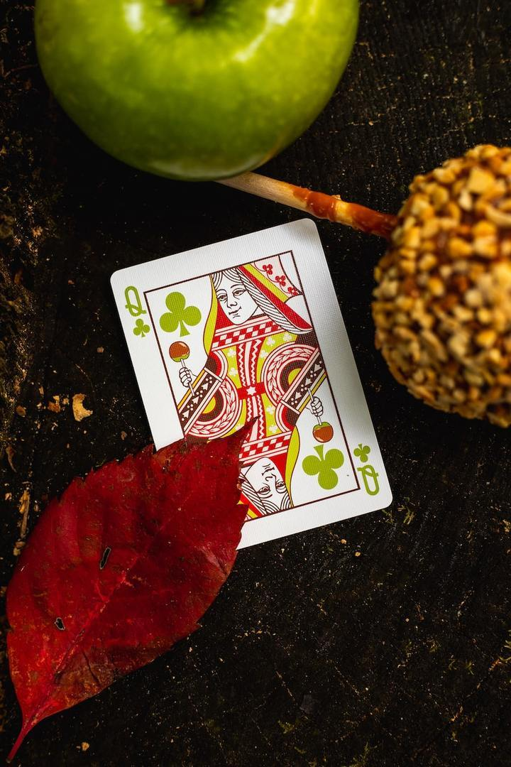 Slicer Playing Cards by Riffle Shuffle Alt11