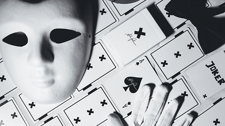 X-Deck-White-Signature-Edition-Playing-Cards-by-Alex-Pandrea-Alt2