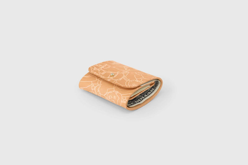 Calf leather minimalistic wallet for cash notes