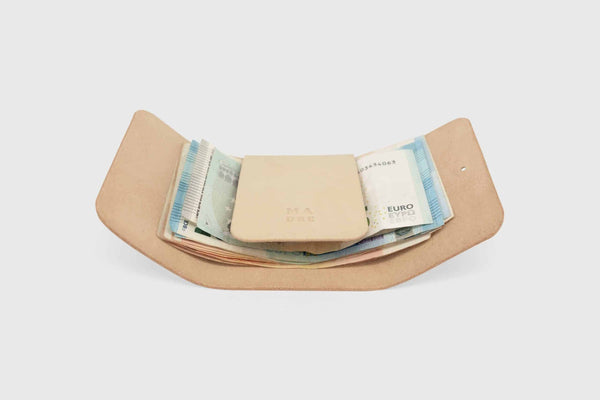 perfect sized banknote holder made out of vegtan full grain premium leather in spain