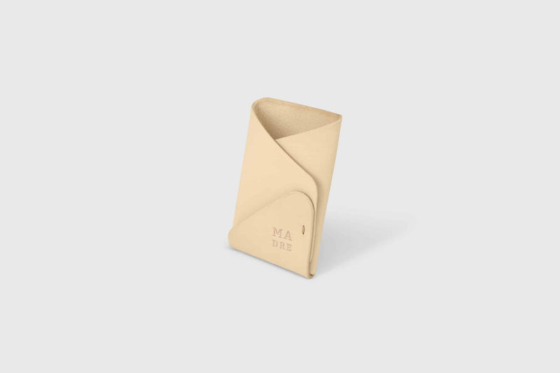 Vegetable tanned minimal wallet