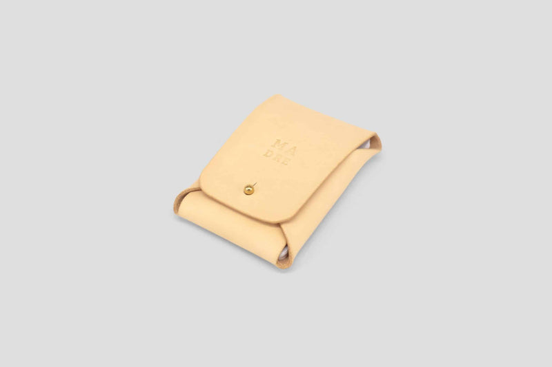 product picture vegtan full grain leather wallet nude