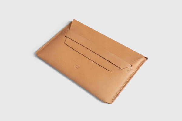 Novillo leather sleeve for macbook pro 13 inch pro
