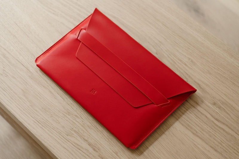 Leather Laptop Sleeve for Macbook Pro 13 Inch 2021 M1 Red-Manuel-dreesmann