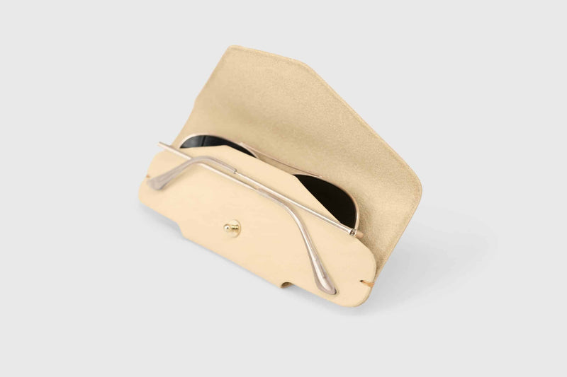 Soft natural leather sunglasses holder