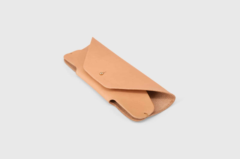 Vegetable tanned leather glasses pouch