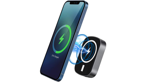 iPhone and Android wireless power bank for Samsung is magnetic