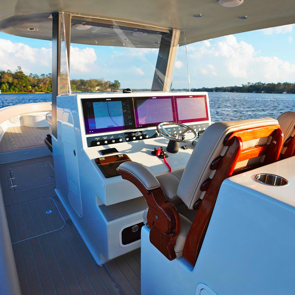 Fully Integrated Touch Screen Controls Make The Vela 368 Easy and Intuitive