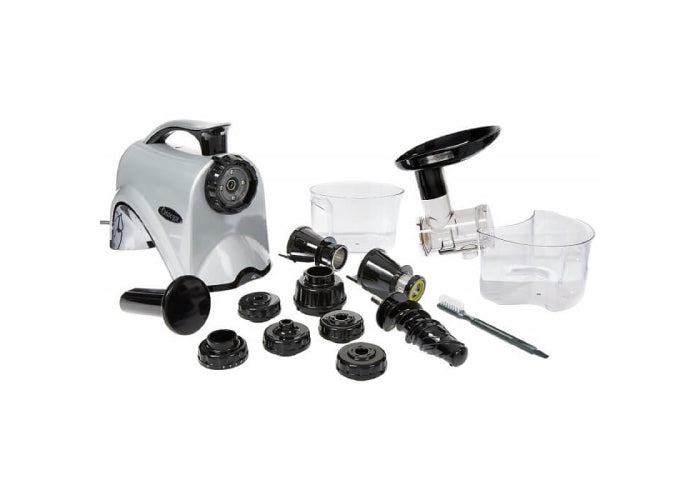 What is included in the Omega NC802S Juicer box