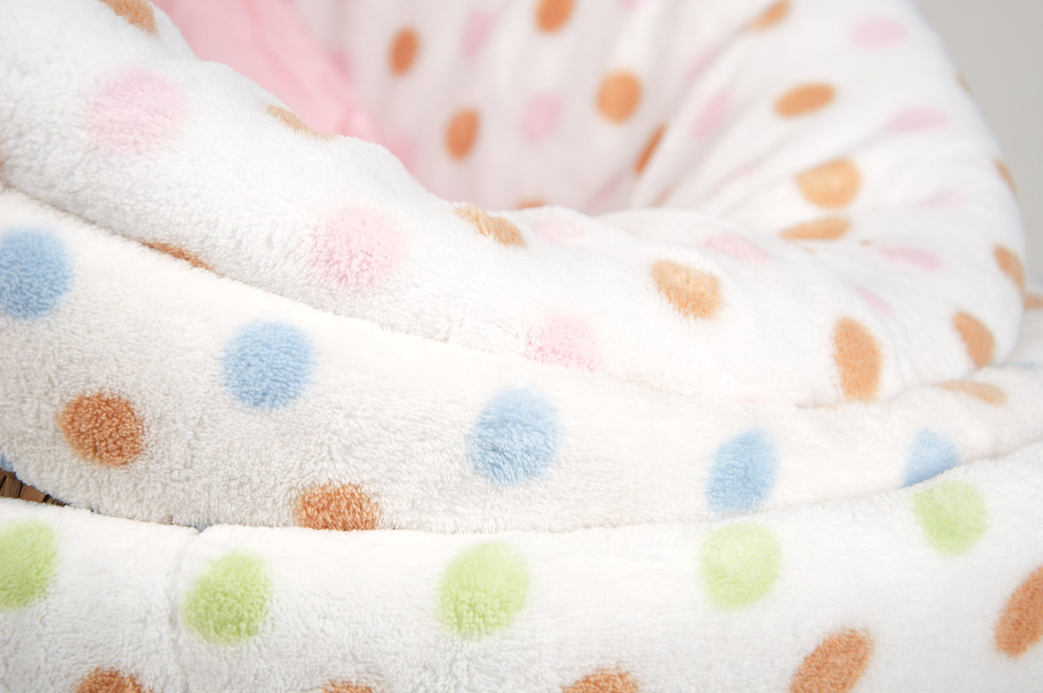 Moses Basket & Polka Dot Plush Fleece Bedding