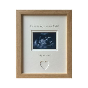 Personalised Auntie Im on my way 1st Baby Scan Photo Frame Beech