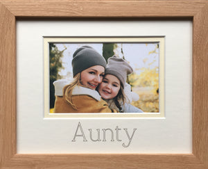 Aunty Photo Frame 9 x 7 Beech Wood-Effect