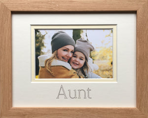 Aunt Photo Frame 9 x 7 Beech Wood-Effect