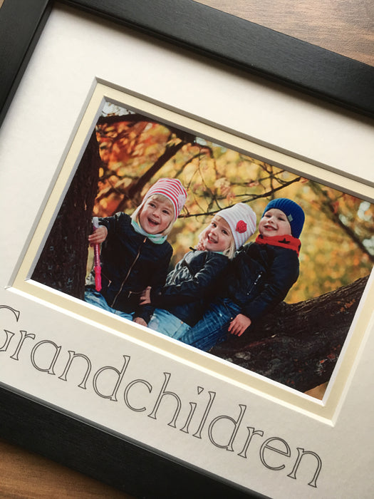 Grandchildren Photograph Picture Frame 9 x 7 Black Landscape
