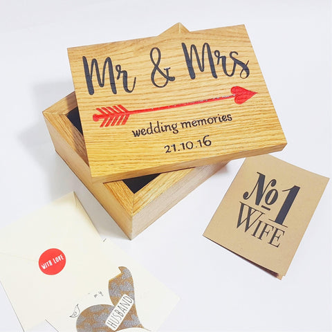 Engraved Mr and Mrs wedding memory box