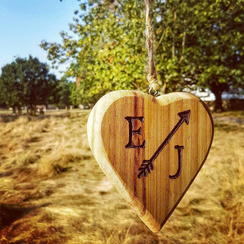 Engraved hanging love heart I Romantic handmade gift ideas