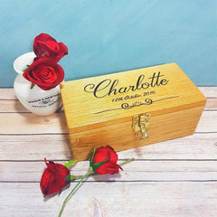 Engraved personalised oak wood keepsake boxes