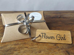 Wooden Flower Girl Keyring I 5 Gift Ideas for your Bridesmaids I Make Memento