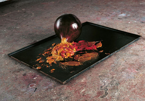 Anish Kapoor, Untitles 2005, Steel, Resin, Grease and Paint, 63 x 235 x 173 cm