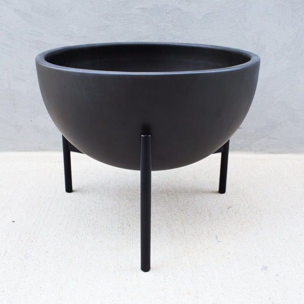Case Study Ceramic Bowl With Metal Stand, M
