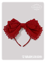 Lillianne head bow