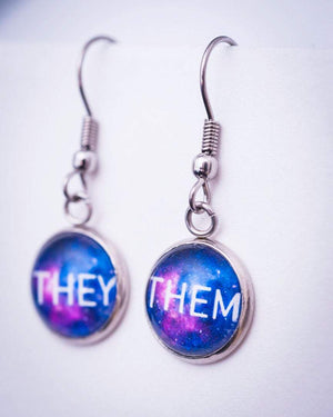 subtle queer jewelry pronouns