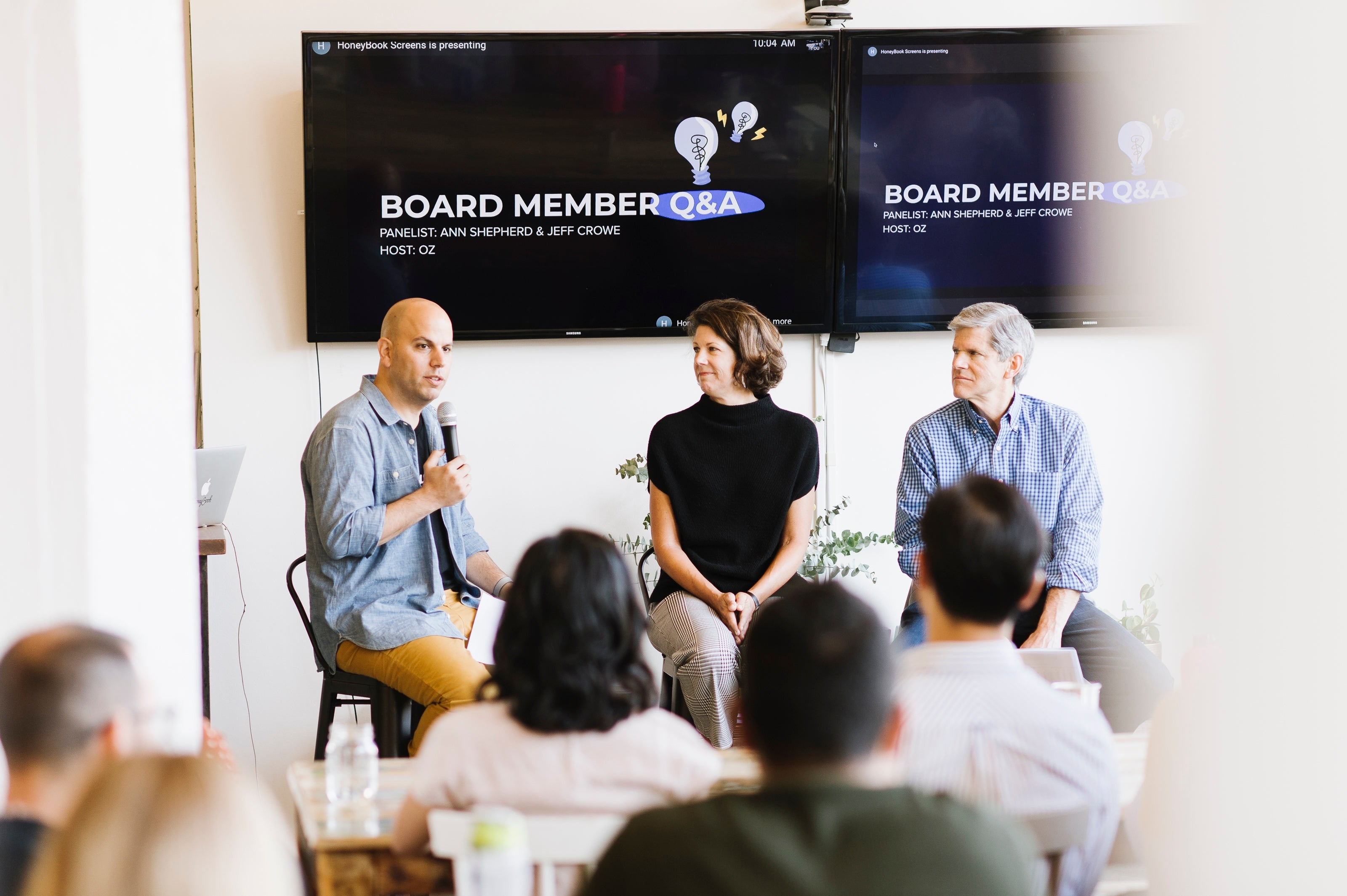 Board member question and answer meet at HoneyBook's office
