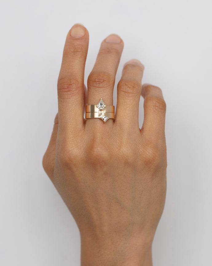 Carré Diamond Monolith Ring