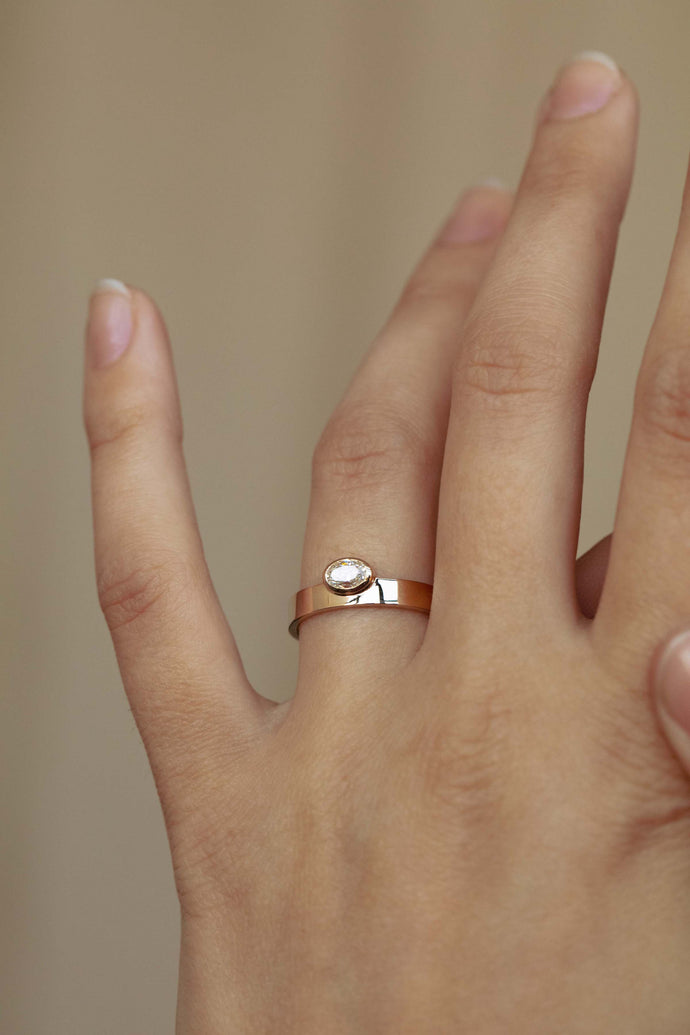 Horizontal Oval Diamond Monolith Ring
