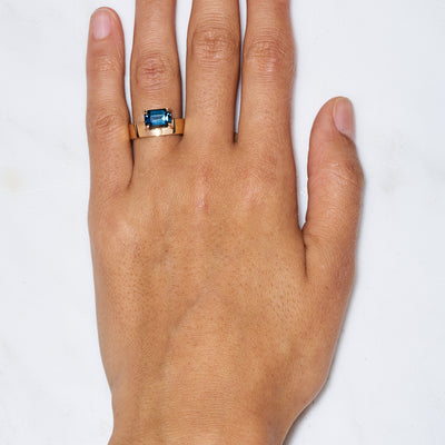 One of a Kind Large Horizontal Gradient Sapphire Monolith Ring