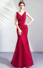 Load image into Gallery viewer, Newest Mermaid Red Evening Dress V Neck Lace Long Formal Dress LFNC0289