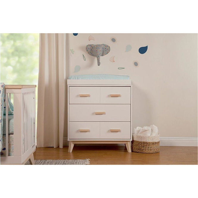 Babyletto Scoot 3-Drawer Changer Dresser with Removable Changing Tray (White/Washed)