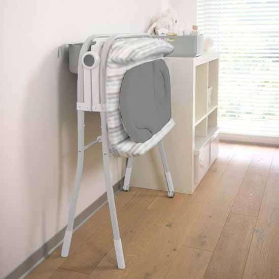 Chicco Cuddle & Bubble Comfort Baby Bathtub / Changing Station Sage