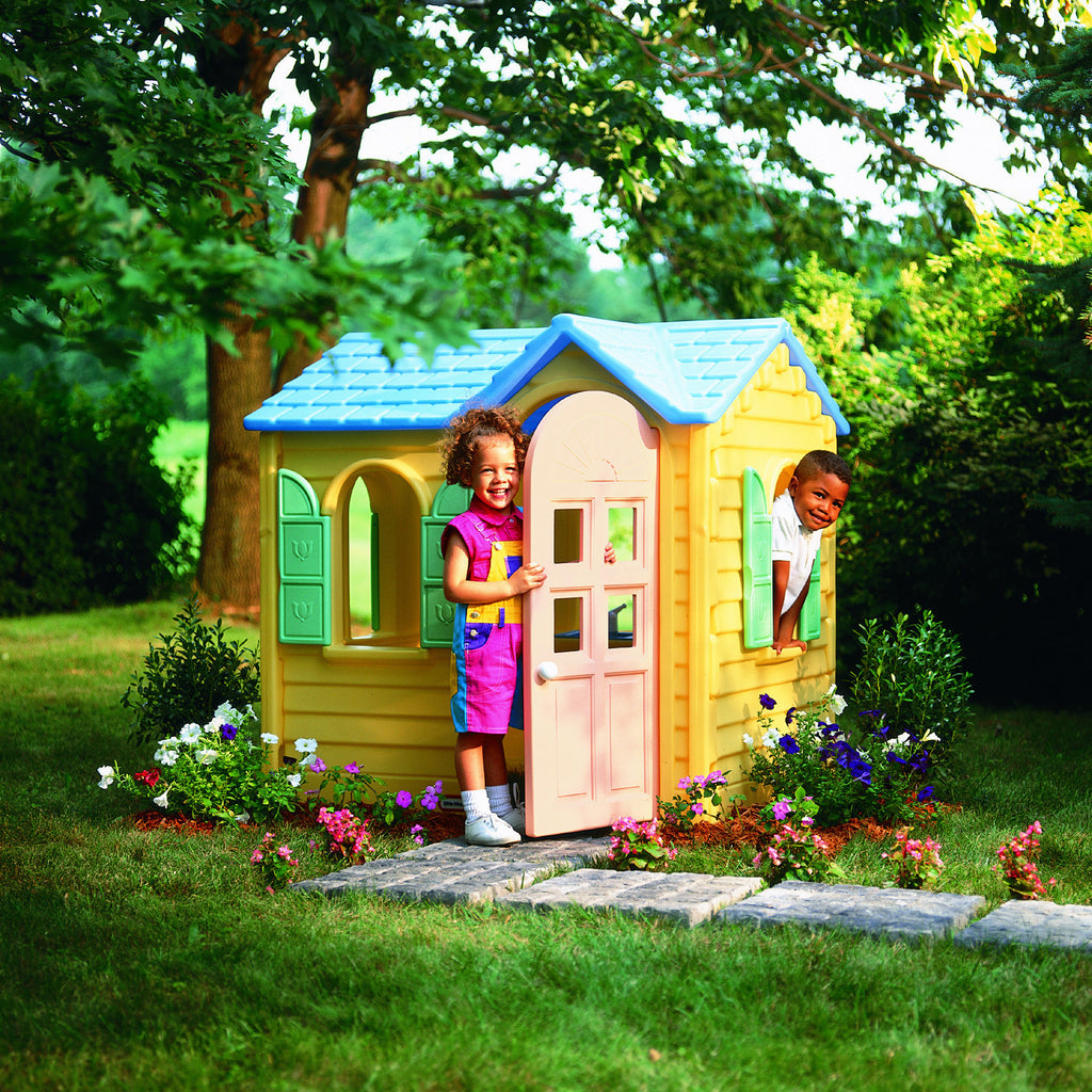 Little Tikes YELLOW COUNTRY COTTAGE - Little Baby
